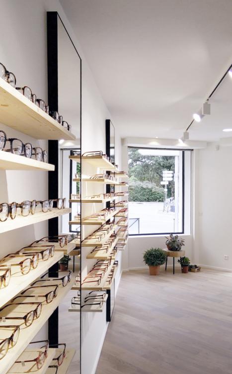 LOUIS RICHERMO LUNETIER • Rénovation complète d'un magasin d'optique et agencement sur mesure, quartier des Sept deniers à Toulouse