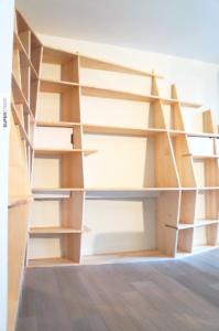bibliothèque bureau - sycomore ivory - dessiné conçu et fabriqué par Superstrate - Mobilier sculptural en bois d'érable sycomore et aluminum laqué
