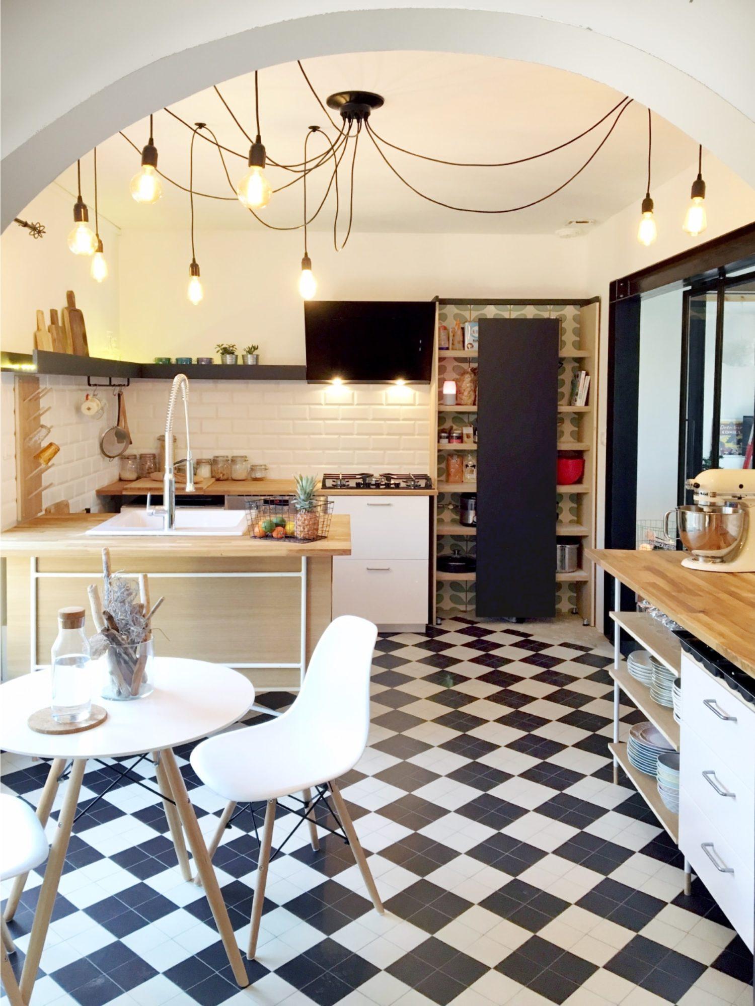 CUISINE • Création d'une cuisine originale dans une maison rénovée à Toulouse