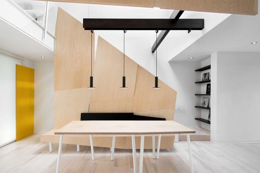 architecture intérieur, agencement sur mesure et mobilier sur mesure donnant sur une cuisine originale image d'inspiration reflétant l'esprit minimaliste et design du studio de design et fabrication toulousain superstrate